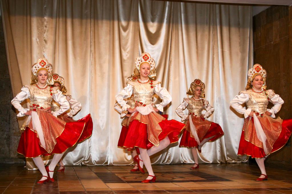 Детскому хореографическому ансамблю «Задорный каблучок» 45 лет!
