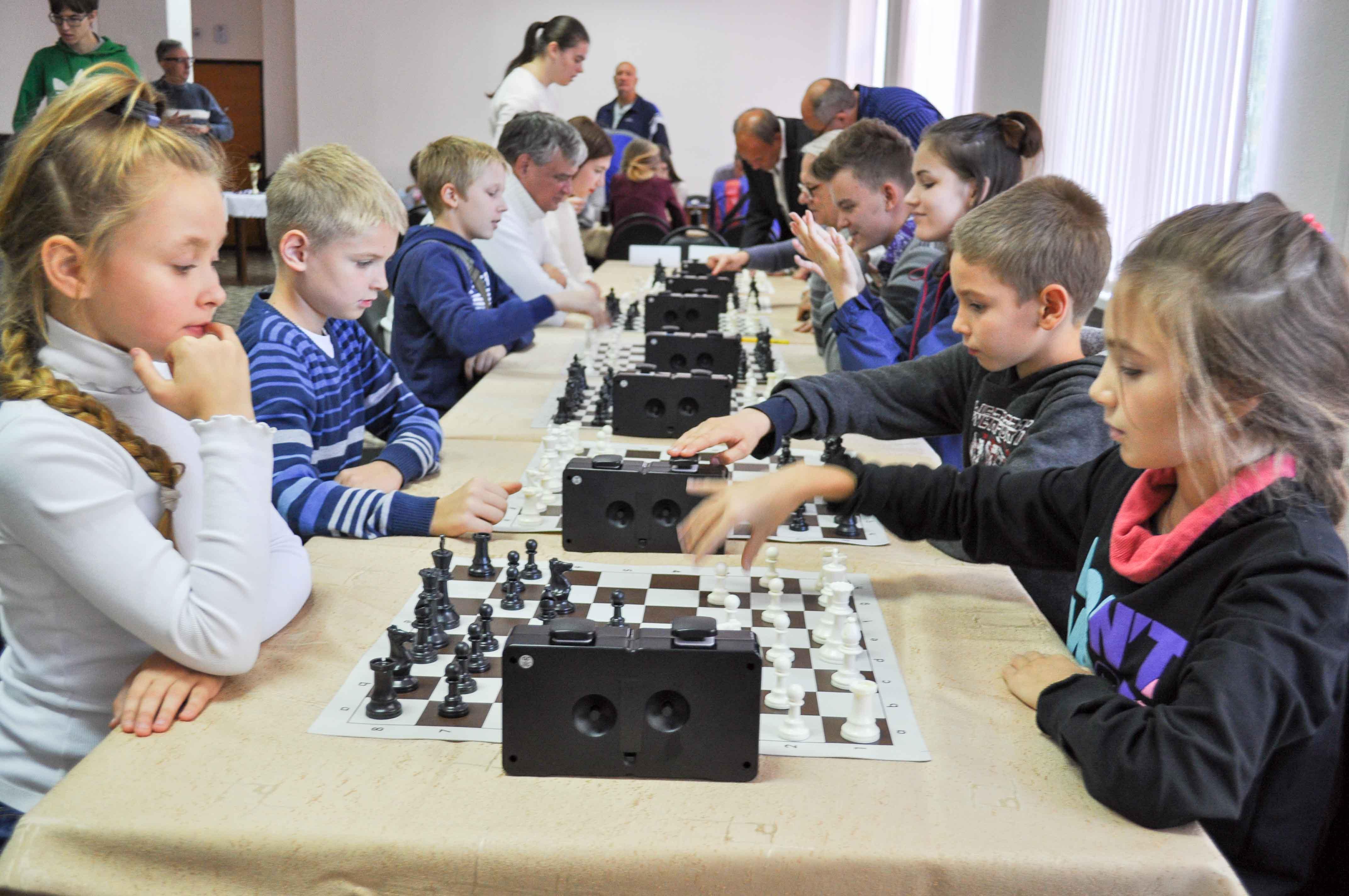 Шахматный турнир «Первенство г. Саратова среди районов – категории любители, ветераны, дети»