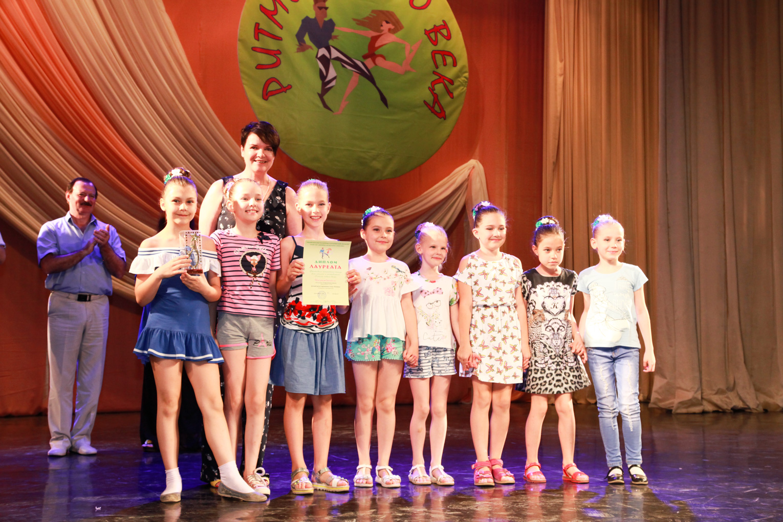 Фестиваль «Ритмы нового века» состоялся в ДК «Россия» в День защиты детей.