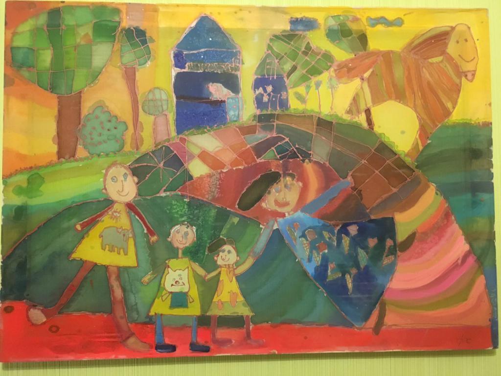Онлайн-выставка художественных работ ИЗО-студии ко Дню Защиты детей